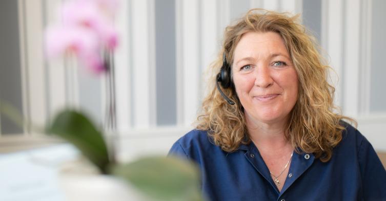 Trine klinikassistent hos Nykøbing Tandklinik